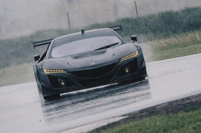 ACURA NSX GT3 RACECAR PREPARES FOR COMPETITION