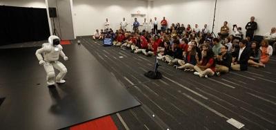 ASIMO HEADS HONDA ROBOTICS SHOWS FOR OHIO STEM STUDENTS