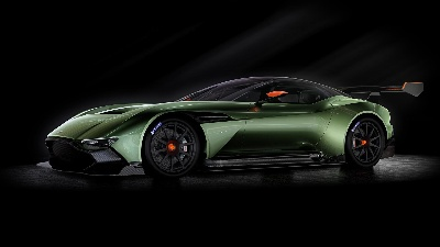 NEW ASTON MARTIN VULCAN SET FOR NORTH AMERICAN DEBUT IN NEW YORK