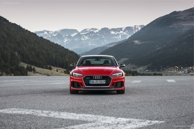 The New Carbon Editions – Audi RS 4 And RS 5 At Their Peak