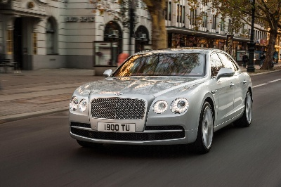 NEW BENTLEY CONTINENTAL GT SPEED TURNS ON THE POWER AND STYLE AT GENEVA