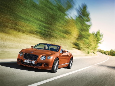 BENTLEY REVEALS ITS RANGE OF PERFORMANCE AT 2014 NEW YORK INTERNATIONAL AUTO SHOW