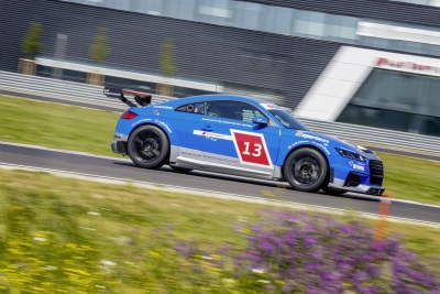 BLUE BLOOD IN AUDI SPORT TT CUP