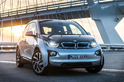 BMW i3, BMW X5 and BMW 3 Series win 'Auto Trophy 2013' awards.