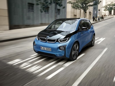 The New BMW i3 (94 Ah) Wins 2017 World Urban Car Award.