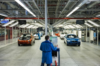 A NEW ERA DAWNS: BMW GROUP BEGINS SERIES PRODUCTION OF THE BMW i3 ELECTRIC CAR IN LEIPZIG