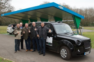 LONDON TAXI DRIVERS AND BORIS JOHNSON ARE FIRST TO TEST DRIVE ALL-NEW ZERO-EMISSIONS METROCAB