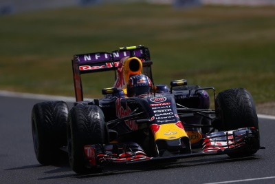 KVYAT HAS A 'STRONG PERFORMANCE' TO FINISH SIXTH, RICCIARDO GETS A DNF IN AN EXCITING, WET BRITISH GRAND PRIX