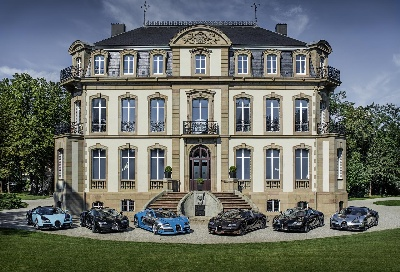 A MEETING OF LEGENDS IN CALIFORNIA: BUGATTI PRESENTS ALL SIX MODELS FROM ITS 'LES LÉGENDES DE BUGATTI' EDITION