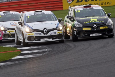 IT'S BUSHELL VS WHORTON-EALES – BRANDS HATCH FINALE TO DECIDE 2016 RENAULT UK CLIO CUP TITLE