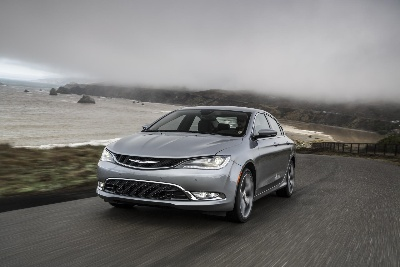 2015 Chrysler 200 and 2014 Jeep® Cherokee Named to Ward's 10 Best Interiors List for 2014