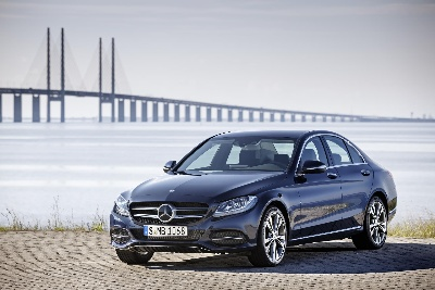 New documentation 'Life Cycle COMPACT': Environmental certificate for the Mercedes-Benz C 350 e