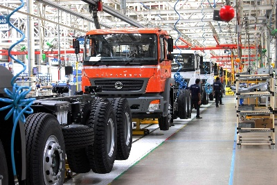 Daimler Trucks achieves Sales Success in India: 10,000 BharatBenz Trucks Sold