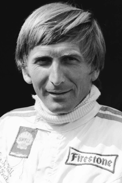 DEREK BELL MBE TO STAR AT HEXAGON'S LE MANS CHARITY EVENING