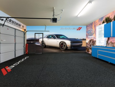 DODGE EXPANDS ITS PARTNERSHIP WITH FATHEAD AND TAKES BUILDING THE ULTIMATE DODGE CUSTOMIZED SPACE TO A NEW LEVEL
