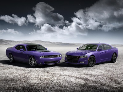 DODGE DEBUTS PLUM CRAZY HERITAGE HUE FOR 2016 CHALLENGER AND CHARGER AT WOODWARD DREAM CRUISE