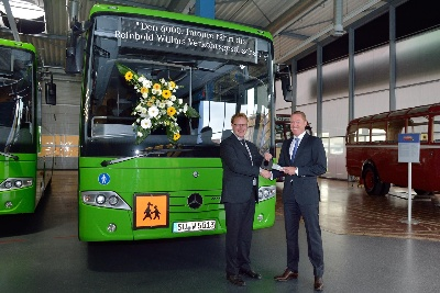 Economical concept for rural-service use celebrates key milestone: 6000th Mercedes-Benz Intouro delivered