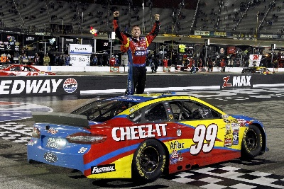 EDWARDS LEADS 1-2-3 BRISTOL SWEEP FOR FORD RACING IN NASCAR'S FOOD CITY 500