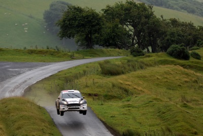 ELFYN EVANS MASTERS THE MIXED CONDITIONS