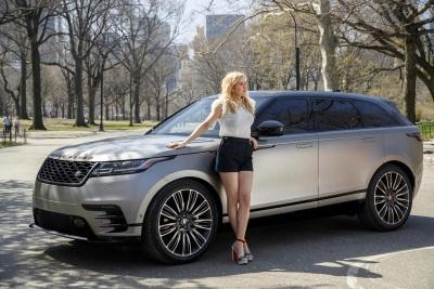 Ellie Goulding Drives The New Range Rover Velar In New York City
