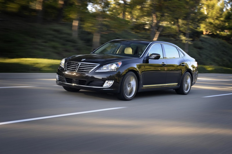 2016 EQUUS OFFERS DRIVER-FOCUSED TECHNOLOGIES, PREMIUM DESIGN, AND ADVANCED SAFETY FEATURES