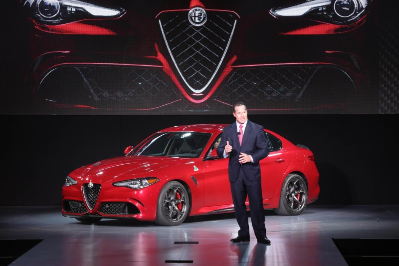 FCA Canada: All-new 2017 Alfa Romeo Giulia Quadrifoglio Makes Canadian Debut at 2016 CIAS