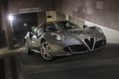 FCA Canada: Alfa Romeo 4C Honoured As Best Value Luxury Sports Car In 2017 Vincentric Best Value In Canada Awards
