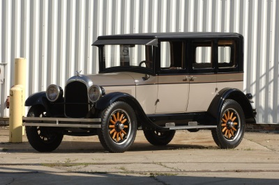 FCA Canada: Historic 1925 Chrysler B70 and 1984 Dodge Caravan to be Showcased at 2016 Canadian International AutoShow