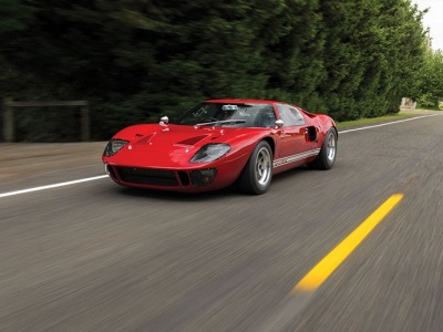 For Road and Track Ferrari 750 Monza and Ford GT40 Mk I Street Car Join & For Road and Track: Ferrari 750 Monza and Ford GT40 Mk I Street ... markmcfarlin.com
