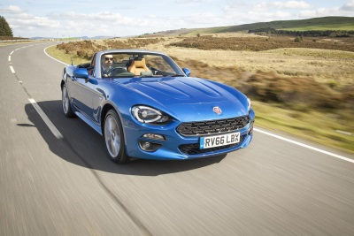 Fiat 124 Spider Named Best Convertible