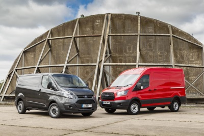 GAME-CHANGING FORD ECOBLUE DIESEL STARS AT HANNOVER; TRANSITS WITH NEW AUTO, AWD SYSTEM AND SYNC 3 REVEALED