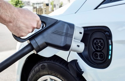 If You Build It, They Will Charge: Ford Tripling Workplace Electric Vehicle Charging Network
