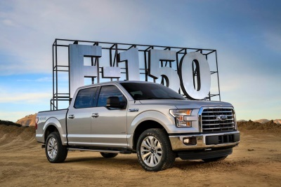2017 Ford F-150 Wins Truck Of The Year From The Fast Lane Truck, Joins Raptor To Clinch 2017 Gold Hitch Awards