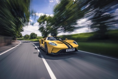 Ford GT Delivers Ultimate Race Car For The Road Supported By 50 Sensors, 25 Computers… And 2 Cup Holders