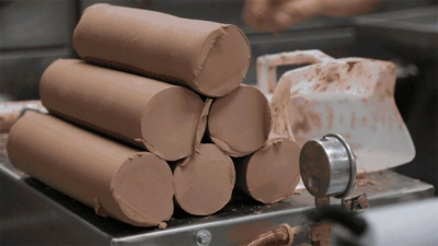 MOULDING A MORE SUSTAINABLE FUTURE: HOW FORD RECYCLES CLAY TO REDUCE LANDFILL WASTE