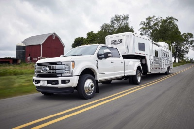 MASSIVE RANGE MEANS MORE TIME ON ROAD, FEWER PIT STOPS: ALL-NEW SUPER DUTY BRINGS LARGEST FUEL TANK IN SEGMENT