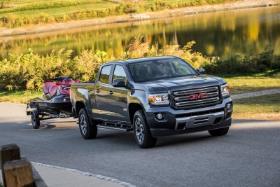 GMC CANYON NAMED BEST MIDSIZE PICKUP TRUCK OF 2016 BY CARS.COM
