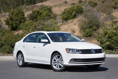 2016 GOLF, GOLF SPORTWAGEN, GOLF GTI AND JETTA EARN A 2015 TOP SAFETY PICK + RATING FROM THE IIHS