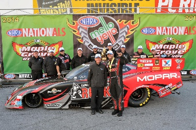 HAGAN DRIVES MOPAR TO TITLE WIN AND FUNNY CAR POINTS LEAD IN 'COUNTDOWN TO CHAMPIONSHIP' AT READING NHRA NATIONALS
