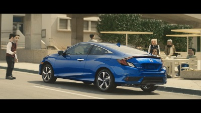 ALL-NEW CIVIC COUPE IS ANYTHING BUT 'SQUARE' IN NEW AD CAMPAIGN