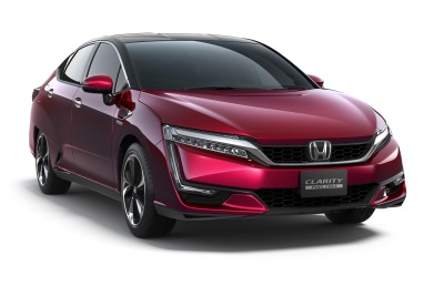 HONDA CLARITY FUEL CELL SEDAN ON DISPLAY AT NEW YORK INTERNATIONAL AUTO SHOW