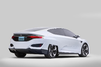 HONDA FCV CONCEPT POINTS TO FORTHCOMING 'HYDROGEN SOCIETY'