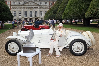 HRH PRINCE MICHAEL OF KENT CONCLUDES RECORD BREAKING CONCOURS OF ELEGANCE 2014 WITH 'BEST OF SHOW' PRESENTATION