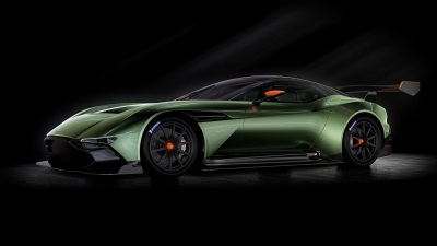HYPERCAR SPECTACULAR: ASTON MARTIN VULCAN, FERRARI FXX K AND MCLAREN P1™ GTR AT SALON PRIVÉ