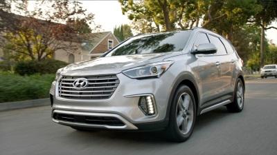 Hyundai Tackles Another NFL Season By Driving The 2017 Kickoff