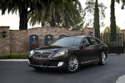 HYUNDAI EQUUS WINS 2014 MOTORIST CHOICE AWARD EQUUS EARNS ITS THIRD CONSECUTIVE WIN AS POPULAR LUXURY LIFESTYLE VEHICLE