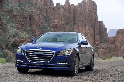HYUNDAI GENESIS WINS 2014 ESQUIRE SEDAN OF THE YEAR