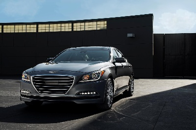 HYUNDAI GENESIS – FINALIST FOR 2015 NORTH AMERICAN CAR OF THE YEAR