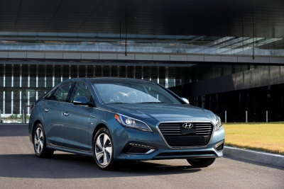 2016 HYUNDAI SONATA PLUG-IN HYBRID'S ADVANCED POWERTRAIN NAMED TO WARD'S 10 BEST ENGINES LIST