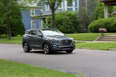 HYUNDAI TUCSON NAMED ONE OF THE 10 BEST FAMILY CARS BY PARENTS MAGAZINE AND EDMUNDS.COM